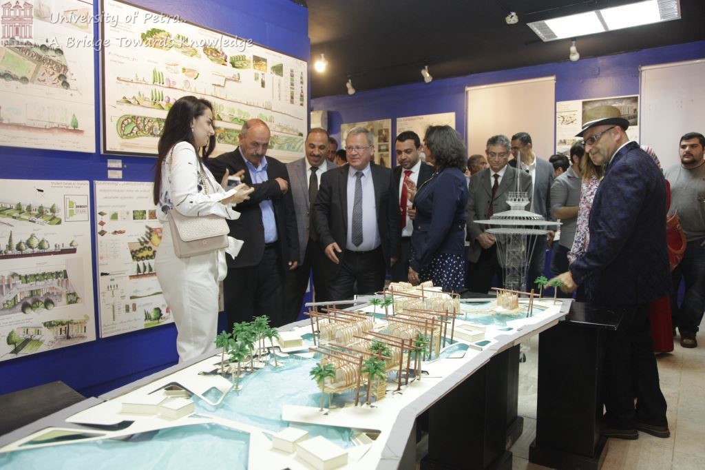 Prof. Muwalla Opens Annual Charitable FAD Exhibition