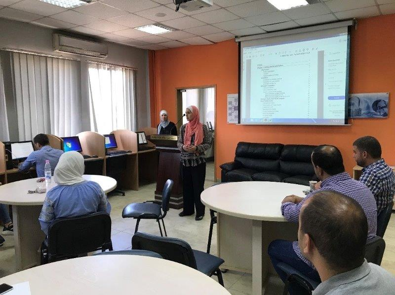 "FIT Organizes Training Course on ""Python Programming Language"" at Innovation Center"