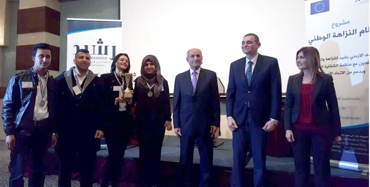 Petra University students in second place in the championship debates Jordanian universities for 2016 طلبة جامعة البترا يحصدون ا